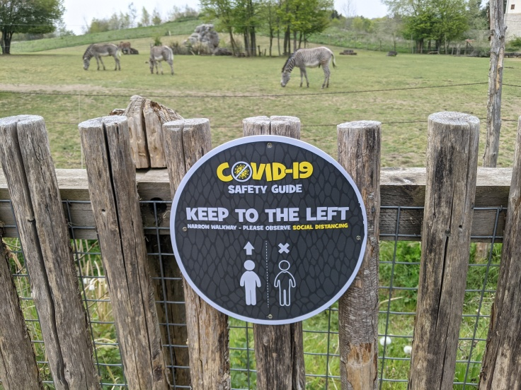 Signage asking guests to keep left at Chessington